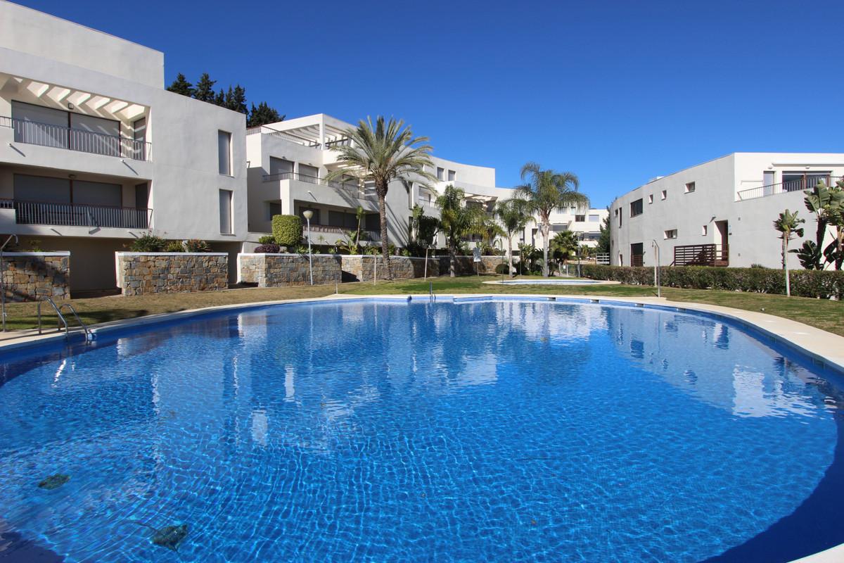Ground Floor Apartment for sale in Altos de los Monteros