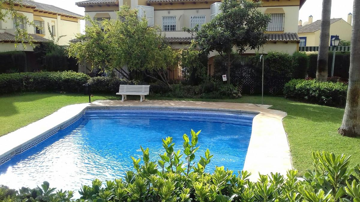Townhouse, Puerto Banus, Costa del Sol. 4 Bedrooms, 5 Bathrooms, Built 250 m², Garden/Plot 80 m².  S,Spain