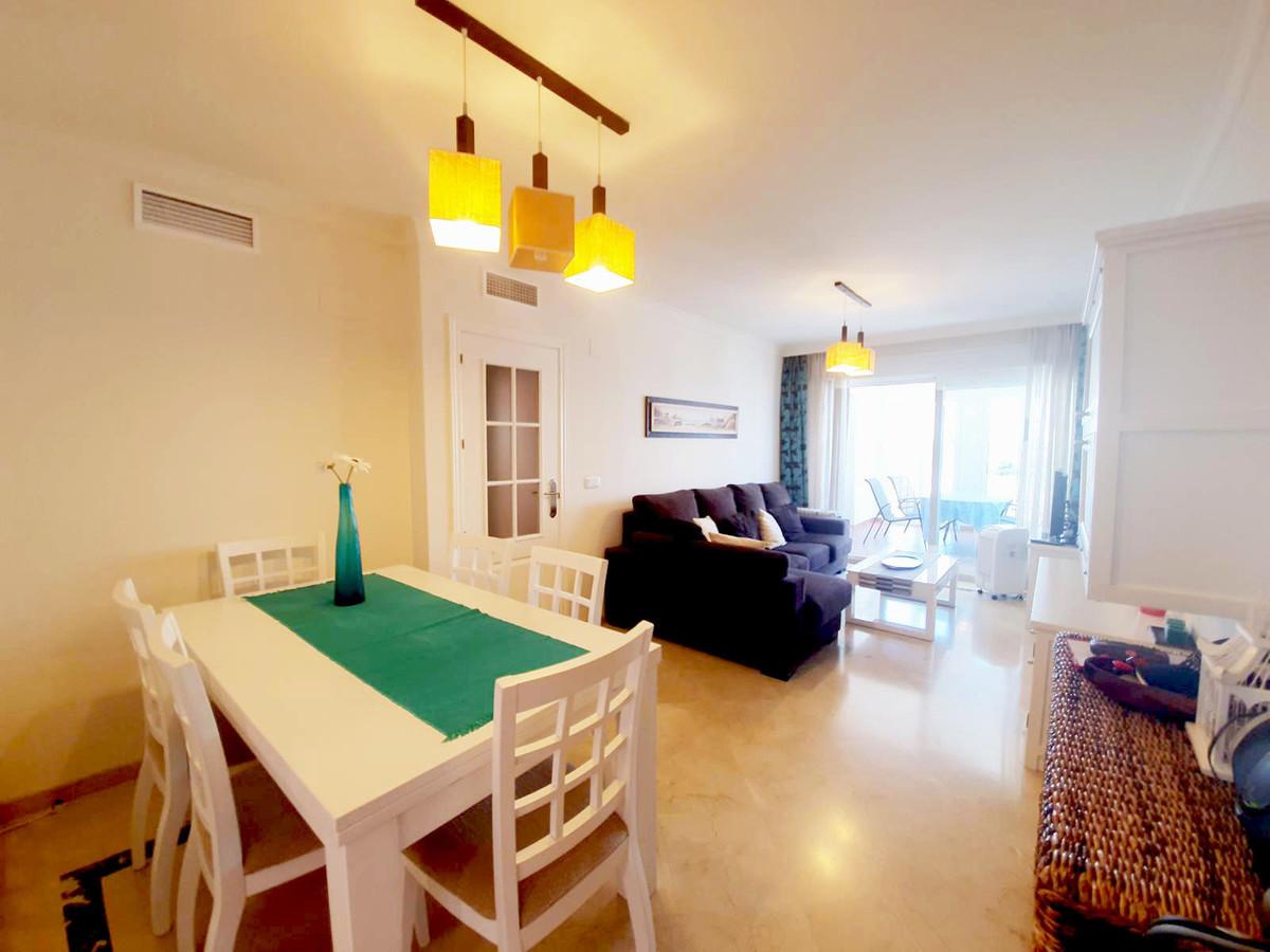 4 Bedroom Apartment for sale La Duquesa