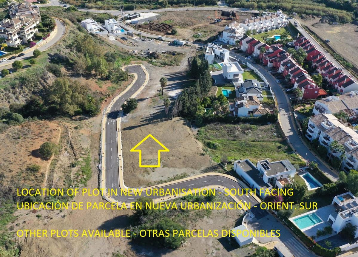 Terrain, Résidentiel  en vente    à New Golden Mile