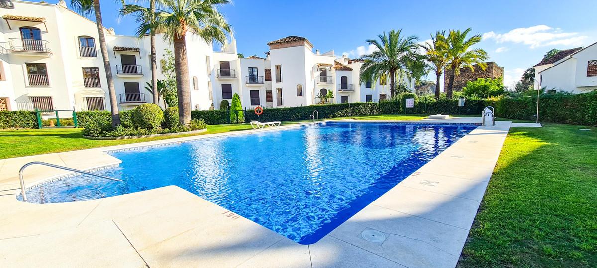 Middle Floor Apartment for sale in Los Arqueros R3719465
