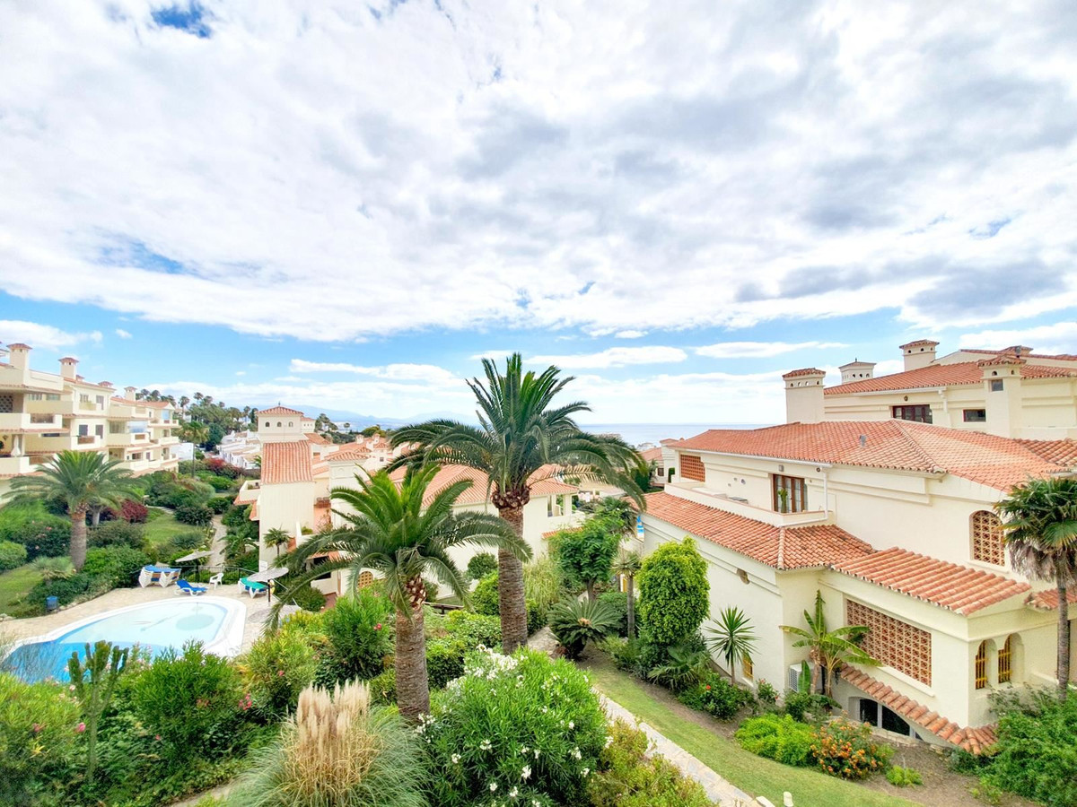 *** Middle Floor Apartment in Manilva *** * 3 Bedrooms & 2 Bathrooms  *** Bright and spacious li,Spain