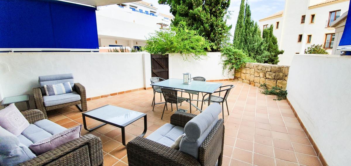 Ref:R3507589 Apartment For Sale in La Duquesa