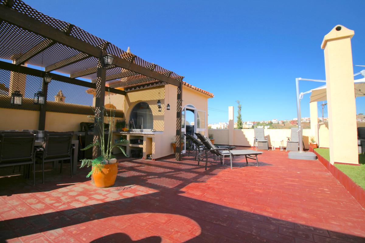 Penthouse, Benalmadena Costa, Costa del Sol. 3 Bedrooms, 2 Bathrooms, Built 0 m².  Setting : Town, C,Spain