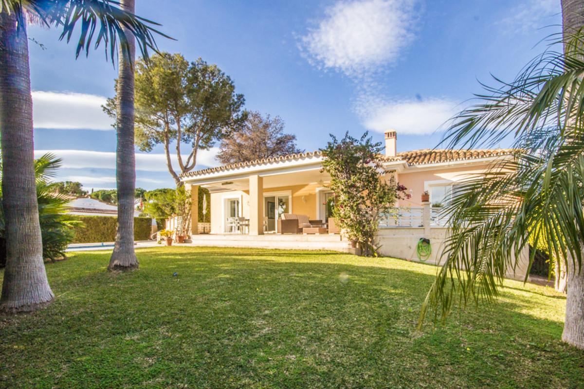 Beautiful private detached villa in Urb. Reserva de Marbella, close to amenities, the beach and the ,Spain