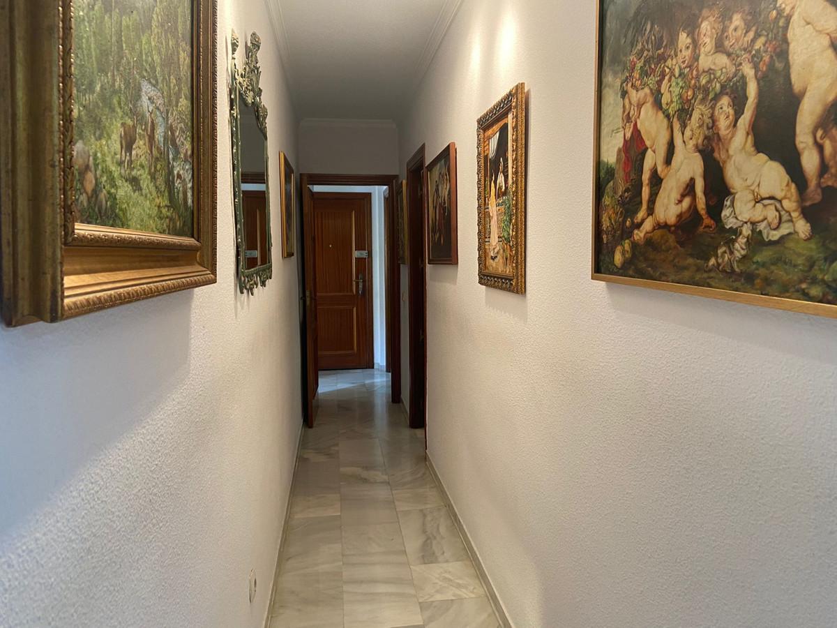 Apartment Middle Floor Marbella Málaga Costa del Sol R3933358 5