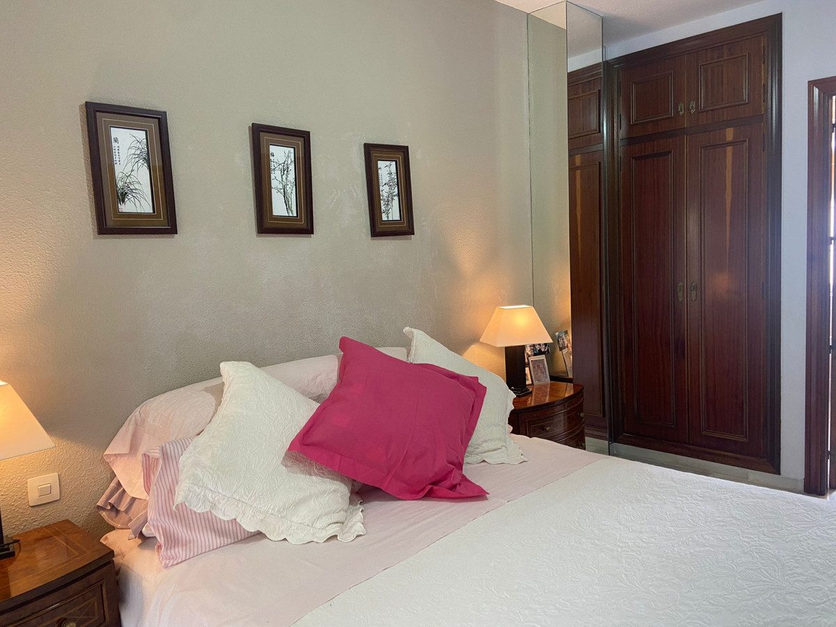 Apartment Middle Floor Marbella Málaga Costa del Sol R3933358 7