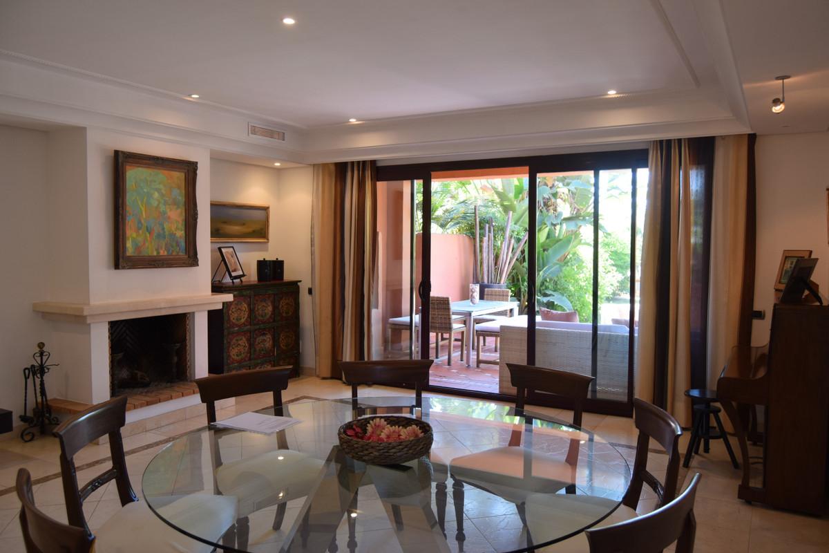 Magnificent Villa in the urbanization Monte Marbella Club, in Altos de Puente Romano.  Urbanization ,Spain