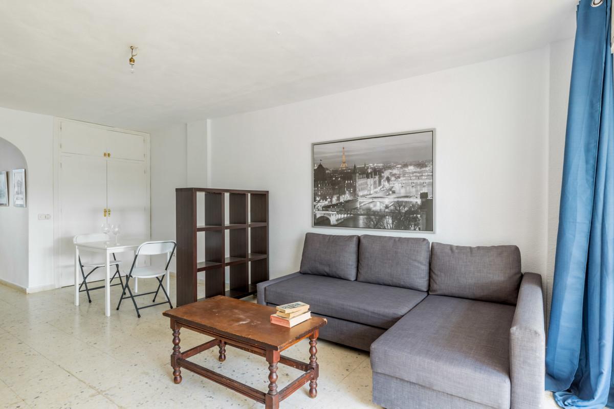 Apartamento Planta Media a la venta en Costabella