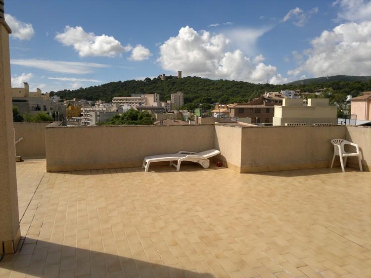 For sale Penthouse in Son Armadans (Palma de Mallorca) 140 m2, smaller floor terrace, overlooking th,Spain