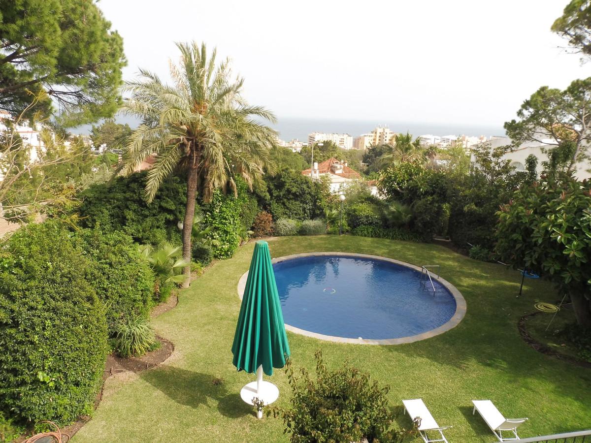 Plot to build 51 apartments near La Carihuela or good for an Hotel   A Espectacular 14  bedrooms det,Spain