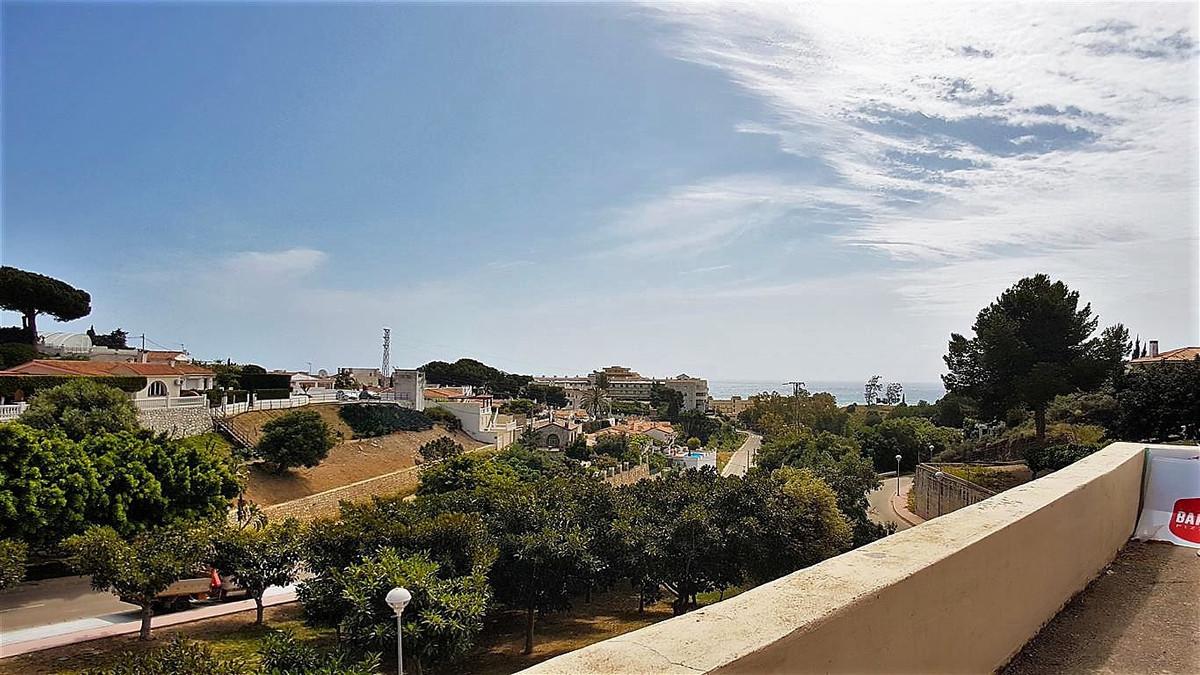 Townhouse, Torreblanca, Costa del Sol. 2 Bedrooms, 2 Bathrooms, Built 160 m², Terrace 25 m².  Settin,Spain