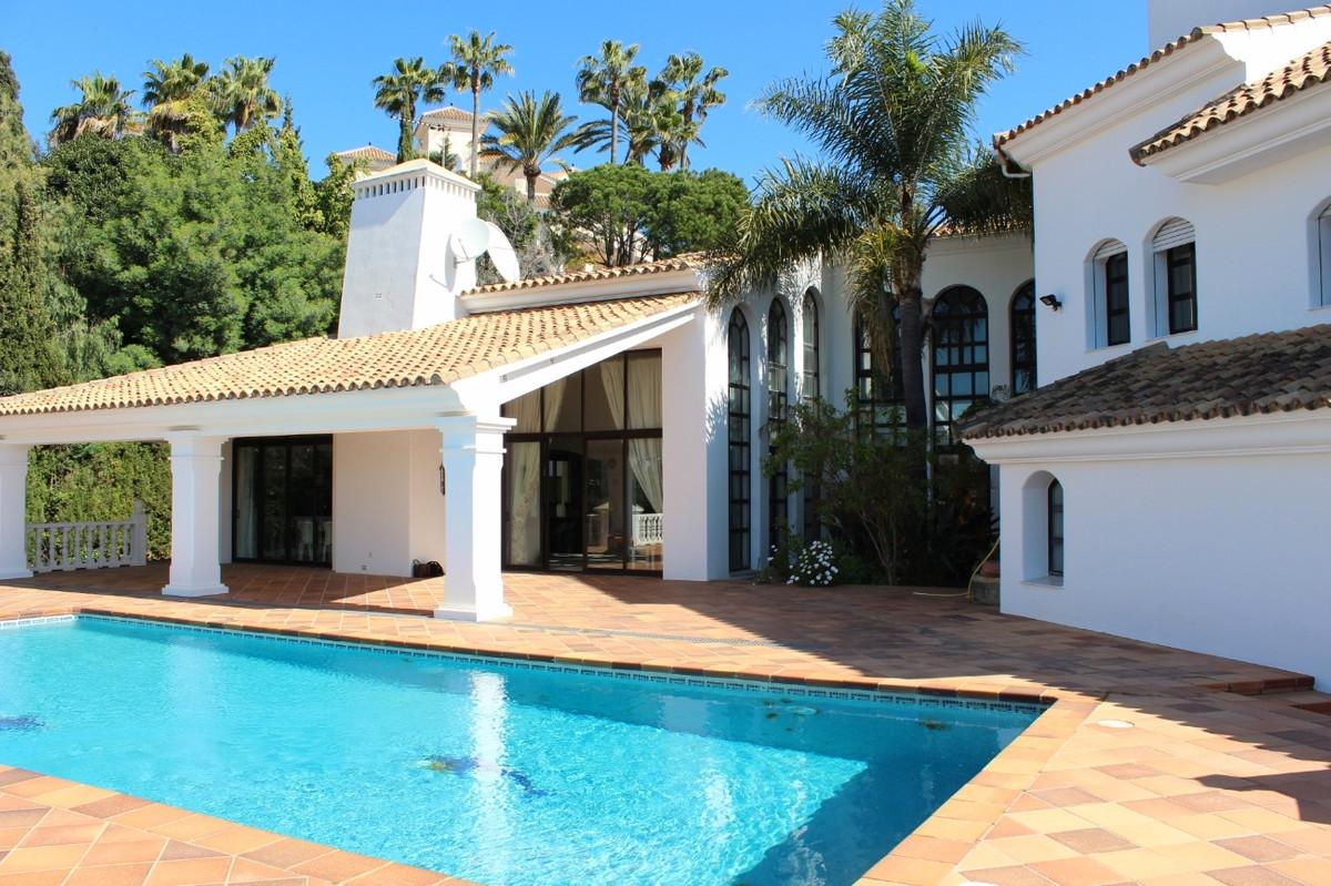 Large family villa in the prestigious area of Hacienda Las Chapas, ranking on a Top-10 over most pre,Spain