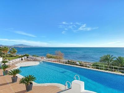 FRONT LINE BEACH PENTHOUSE::::: Luxurious duplex 3 Bedroom 2 Bathroom Beach Front Penthouse on Casar,Spain