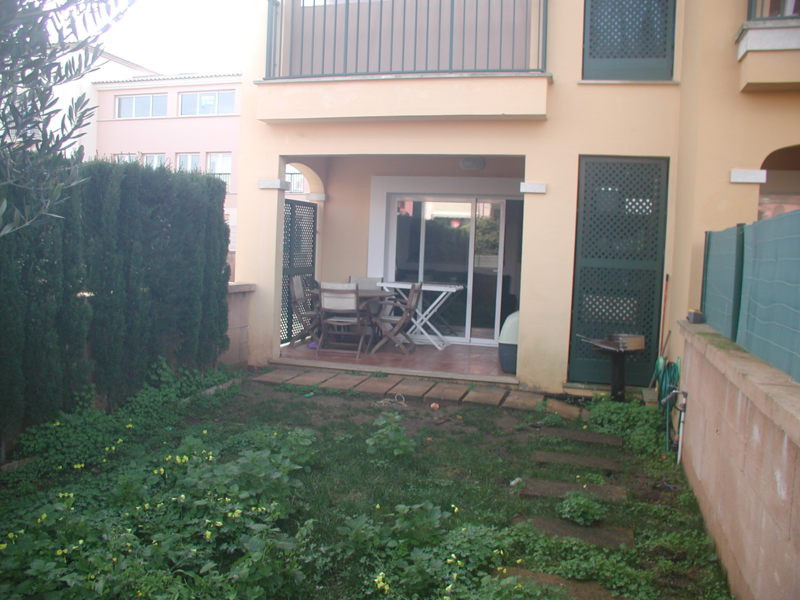 Ground floor apartment  Living area 50 m2, garden 50 m2, 1 bedroom, 1 bathroom, lounge, kitchen, lau,Spain