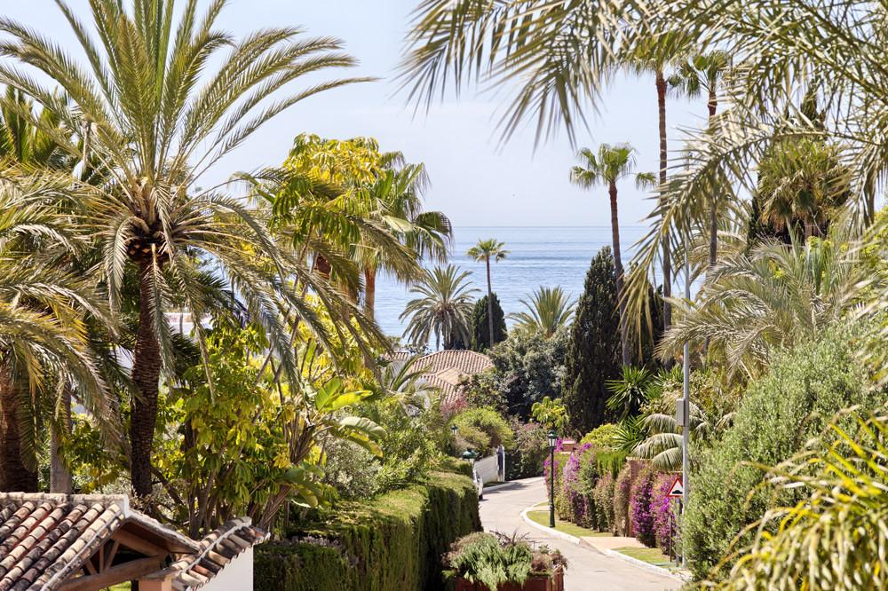 2018 refurbished villa for sale in the prestigious area of Los Monteros Playa , beachside Marbella ,,Spain