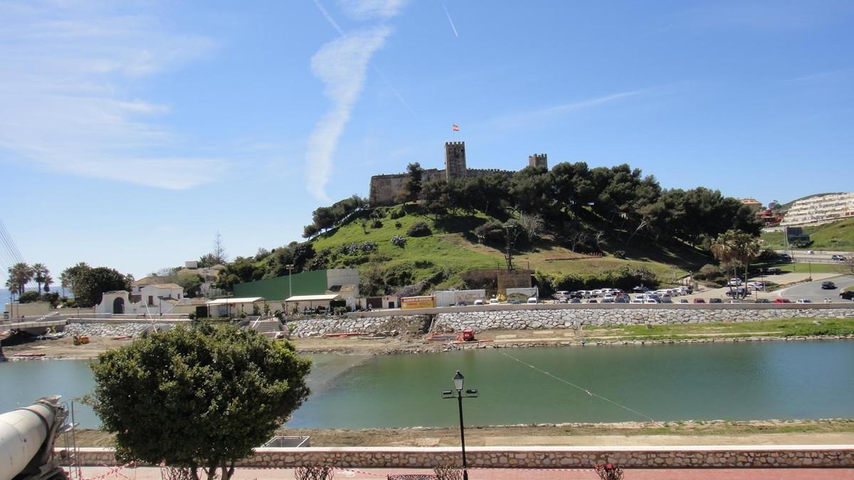Penthouse, Fuengirola, Costa del Sol. 2 Bedrooms, 2 Bathrooms, Built 90 m², Terrace 14 m².  Setting ,Spain