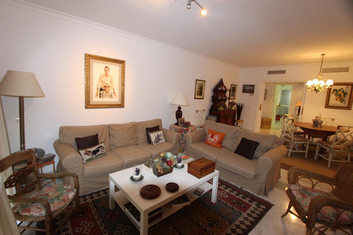 Ground Floor Apartment, Guadalmina Baja, Costa del Sol. 2 Bedrooms, 2 Bathrooms, Built 90 m², Garden,Spain