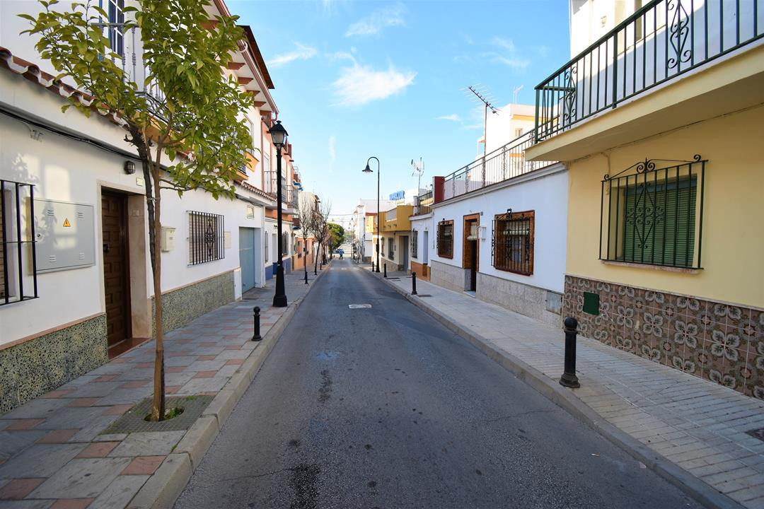 Semi-Detached House, Las Lagunas, Costa del Sol. 3 Bedrooms, 1 Bathroom, Built 126 m², Terrace 100 m,Spain