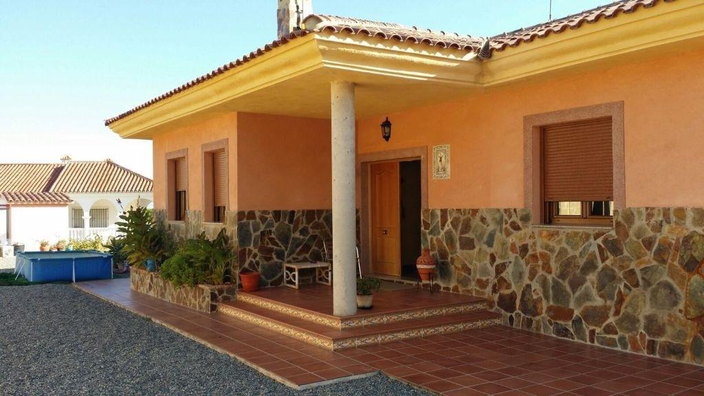 Luxury villa for sale in alhaurin de la torre, in urban area, plot area 1474 m2, housing built area.,Spain