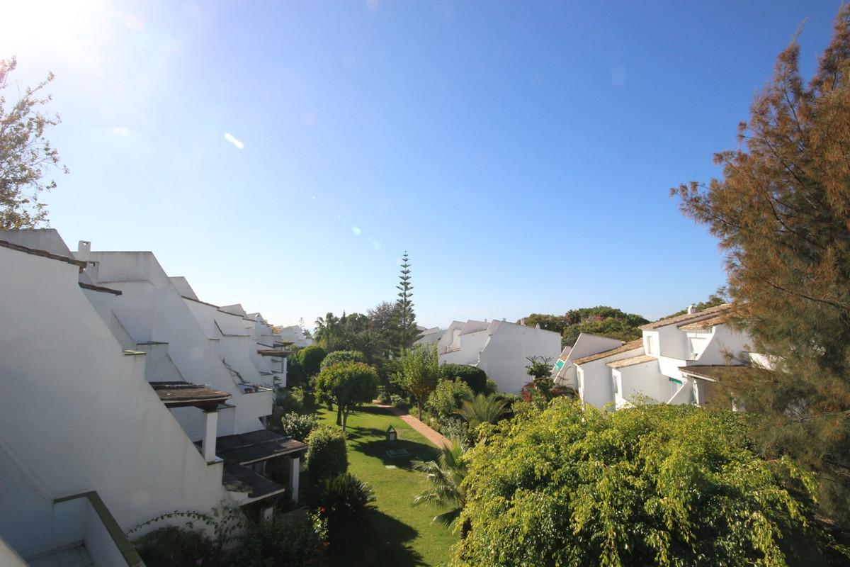 Magnificent Duplex located in the renowned Lunamar Urbanization, with underground garage distributed,Spain