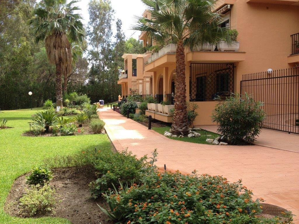 Ground Floor Apartment, Fuengirola, Costa del Sol. 2 Bedrooms, 2 Bathrooms, Built 0 m².  Setting : S,Spain
