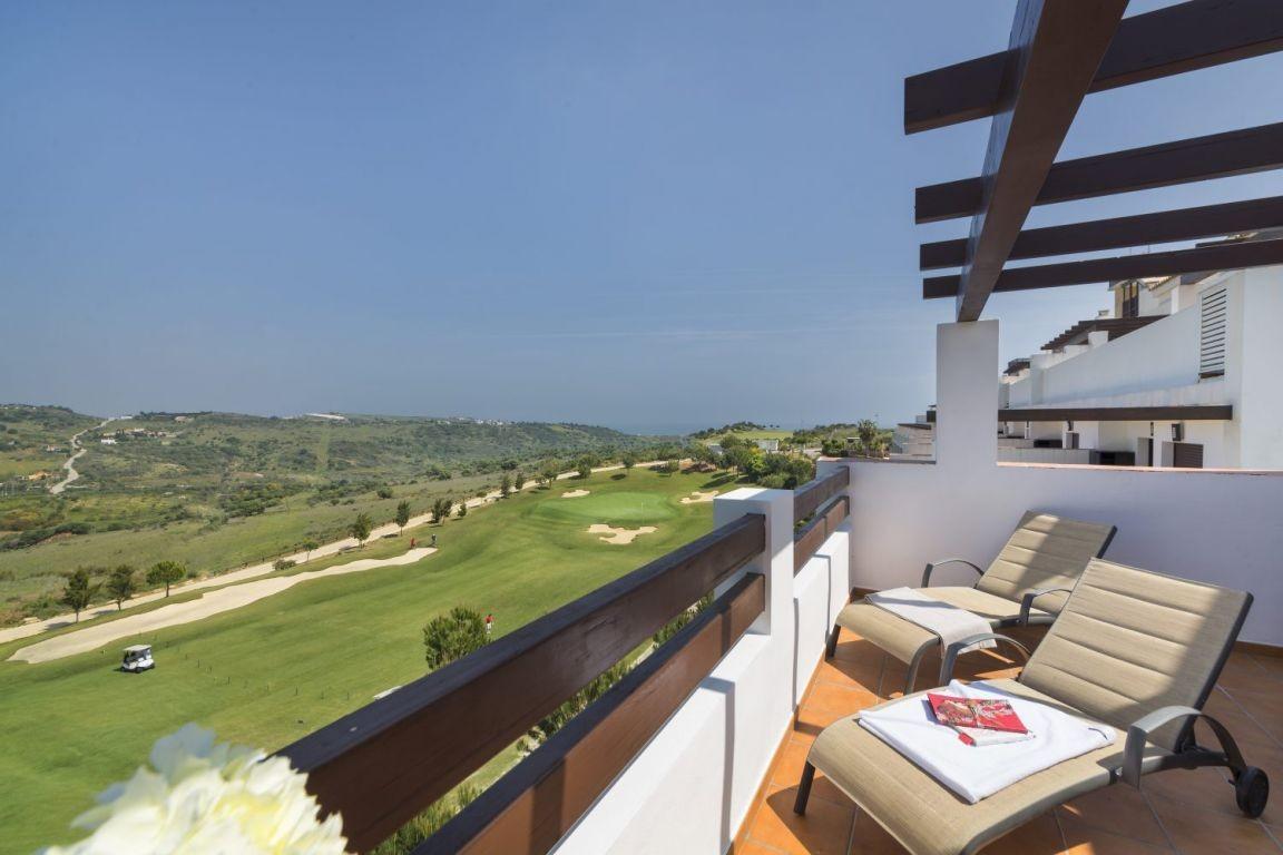 Middle Floor Apartment, Estepona, Costa del Sol. 2 Bedrooms, 2 Bathrooms, Built 119 m².  Pool : Comm,Spain