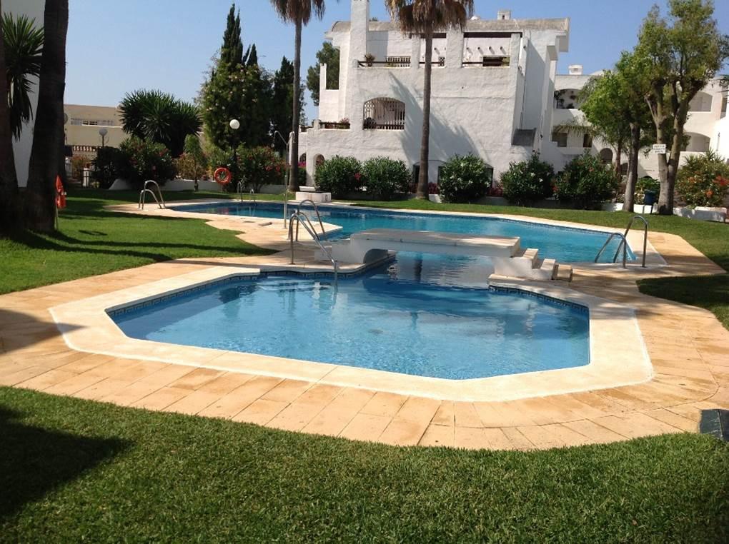 Charming apartment in urbanization consolidated Pelican Park near Bena Vista Golf Course near Paradi,Spain