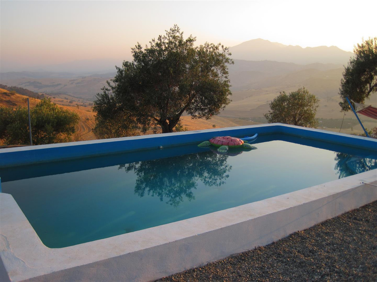 Finca - Cortijo, Alora, Costa del Sol. 1 Bedroom, 1 Bathroom, Built 50 m², Terrace 50 m², Garden/Plo,Spain