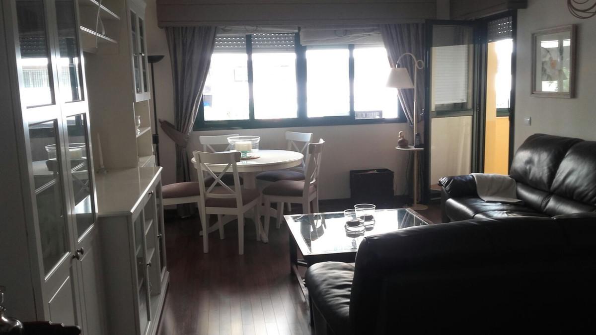 """""""FANTASTICO PISO EN ZONA SALITRE!   Piso de tres dormitorios, salon amplio, cocina independient,Spain"""
