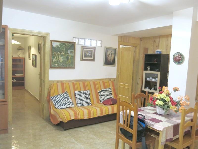 Ground Floor Apartment, Fuengirola, Costa del Sol. 2 Bedrooms, 2 Bathrooms, Built 67 m².  Setting : ,Spain