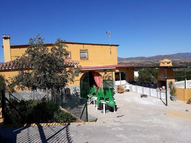 Bed and Breakfast, Coin, Costa del Sol. 6 Bedrooms, 2 Bathrooms, Built 229 m², Garden/Plot 7000 m². ,Spain