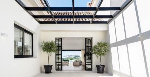 Marbella Nueva Andalucia. Phantastic modern style reformed Villa in the area of Lomas de Colorado. B,Spain