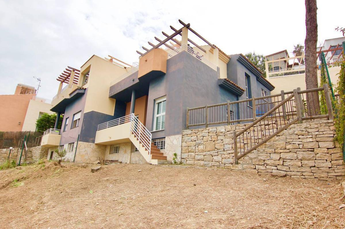 Detached Villa, Torremolinos, Costa del Sol. 4 Bedrooms, 2.5 Bathrooms, Built 200 m², Terrace 65 m²,,Spain