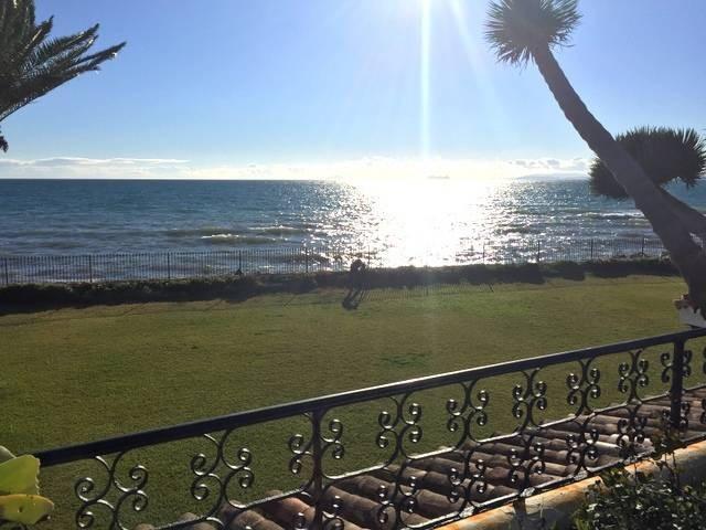 Parcela situada en una tranquila zona residencial, con seguridad 24 horas. Cerca de la playa y campo,Spain