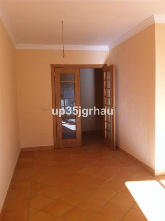 Middle Floor Apartment, Ojen, Costa del Sol. 2 Bedrooms, 1 Bathroom, Built 75 m�, Terrace 10 m�.  Se,Spain