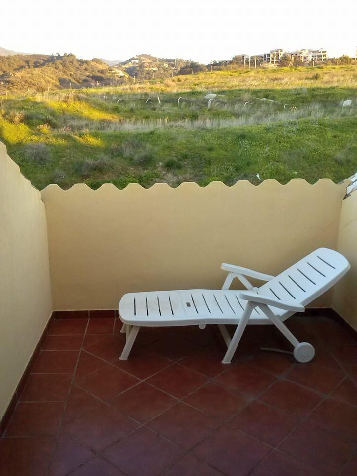 Casa adosada en la urbanizacion Los Almendros ( Estepona) planta sotano con acceso al garaje   con p,Spain