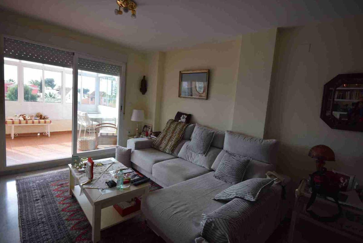 Middle Floor Apartment, Las Chapas, Costa del Sol. 1 Bedroom, 1 Bathroom, Built 85 m².  Setting : Fr,Spain