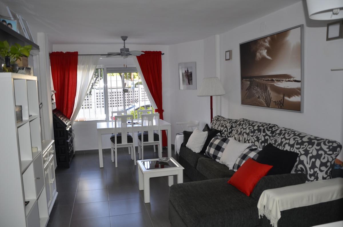 Ground Floor Apartment, Benalmadena, Costa del Sol. 1 Bedroom, 1 Bathroom, Built 56 m².  Setting : T,Spain