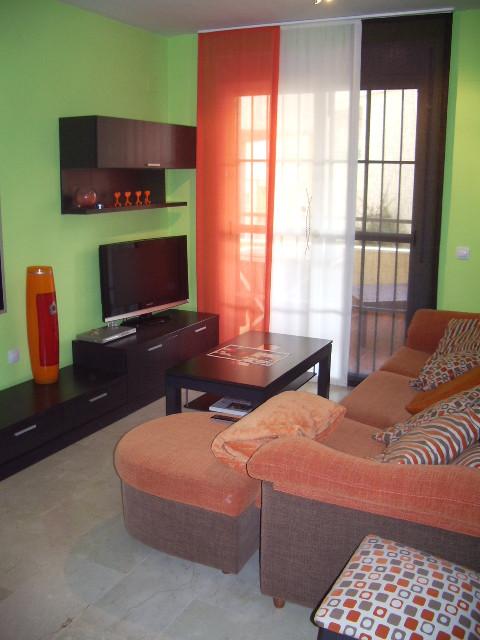 BARGAIN PRICE ALERT!! AN EXCELLENT 2 BEDROOM, 2 BATHROOM APARTMENT IN BENALMADENA. GREAT INVESTMENT ,Spain