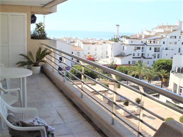 Very nice apartment in Marina Banus, in the centre of Puerto Banus. Next to shops, restaurants, bars,Spain