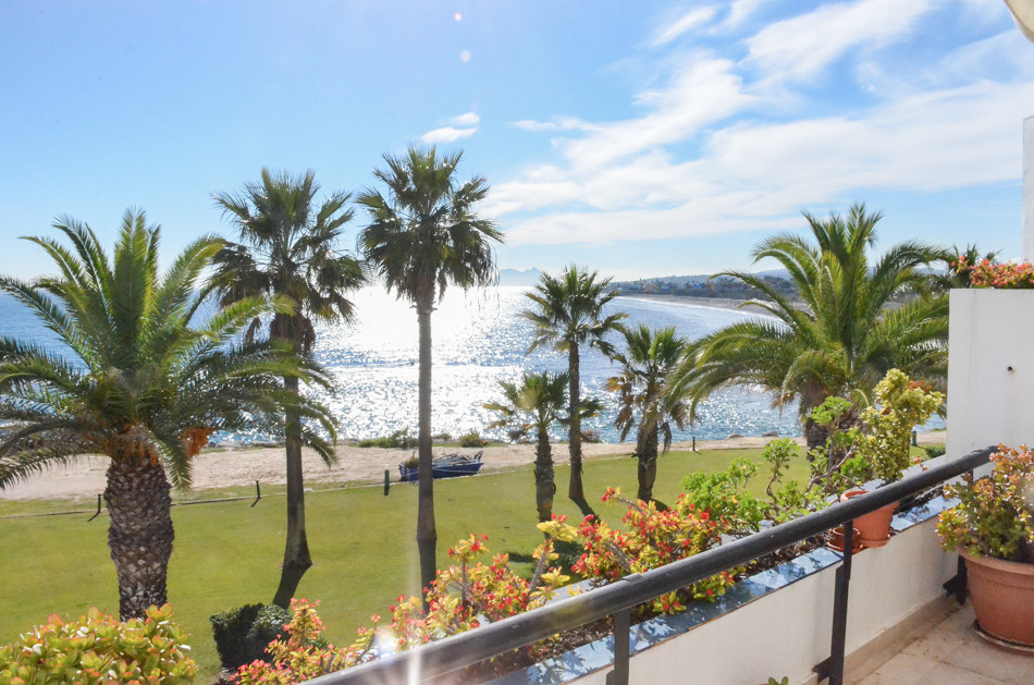 Middle Floor Apartment, Sotogrande Puerto, Costa del Sol. 2 Bedrooms, 2 Bathrooms, Built 100 m², Ter,Spain