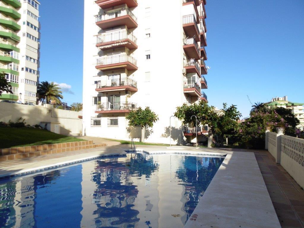 Middle Floor Apartment, Fuengirola, Costa del Sol. 2 Bedrooms, 1 Bathroom, Built 70 m², Terrace 9 m²,Spain