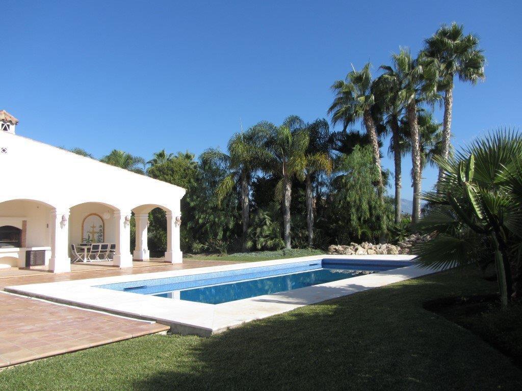 Spacious villa  very close  to los Flamingos , on one level offering 4 en suite bedrooms, big living,Spain