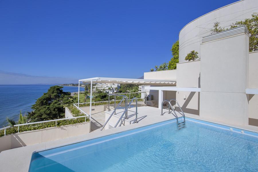 Beautiful unique 5 bedroom duplex penthouse situated in Los Granados Playa, a frontline beach urbani,Spain