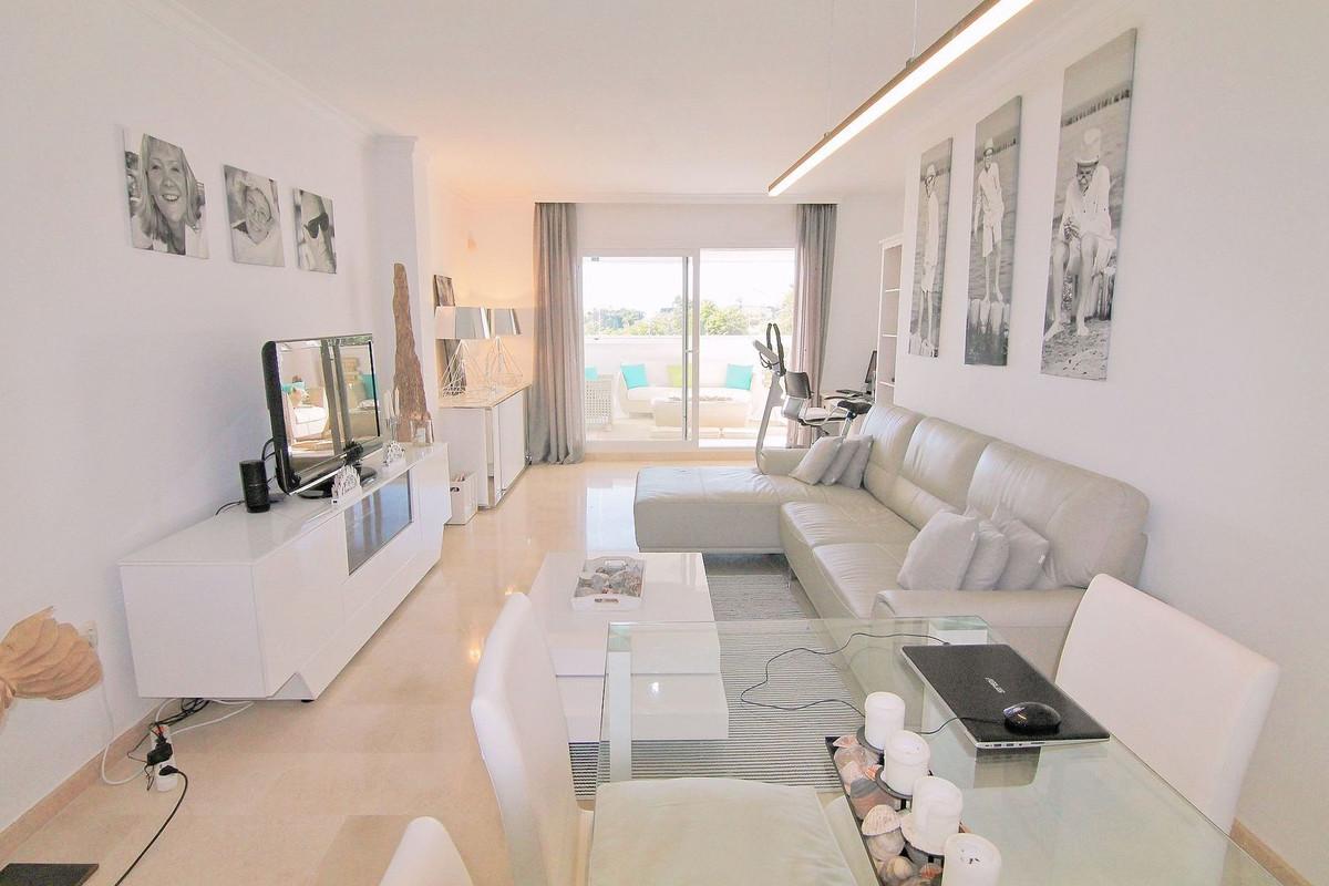 Recently refurbished 2 bedroom 2 bathroom apartment in Los Lagos de Santa Maria Golf.  Middle Floor ,Spain