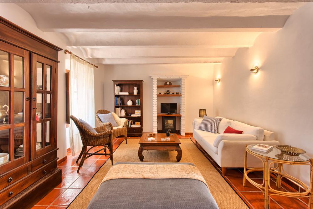 More info and photo's will follow  Semi-Detached House, Alhaurin el Grande, Costa del Sol. 2 Bed,Spain
