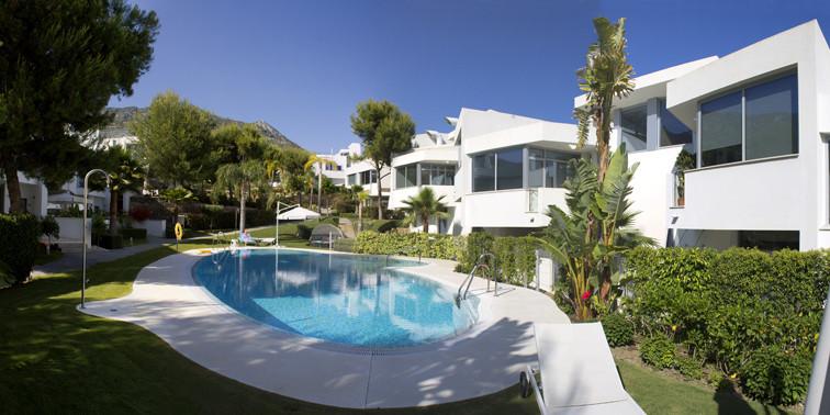 Detached Villa, Marbella, Costa del Sol. 2 Bedrooms, 2 Bathrooms, Built 200 m², Terrace 50 m².  Sett,Spain