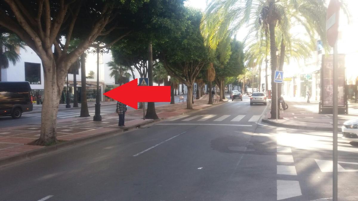 Shop, Puerto Banus, Costa del Sol. Built 75 m².  Setting : Close To Port, Close To Shops. Views : St,Spain
