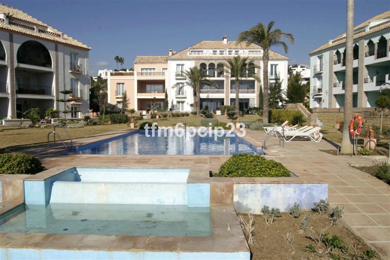 La Perla is an exclusive development on the beachfront on the Estepona side of Sabinillas. It has 3 ,Spain